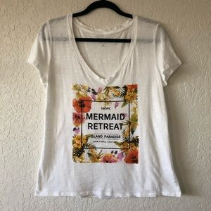 Tropical Floral Graphic V-Neck Tee